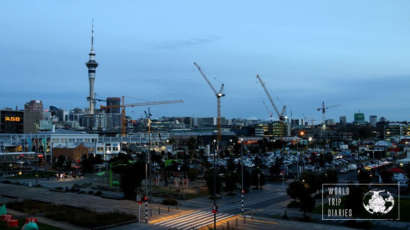 Auckland at night: the Wynyard Quarters are lovely and there are great views of the Sky Tower!
