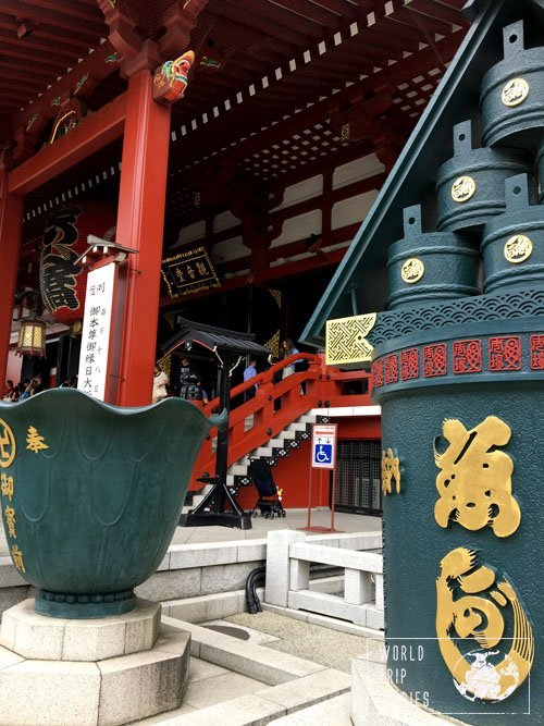 Senso-ji is one of the most important temples in Tokyo. Click to see more!