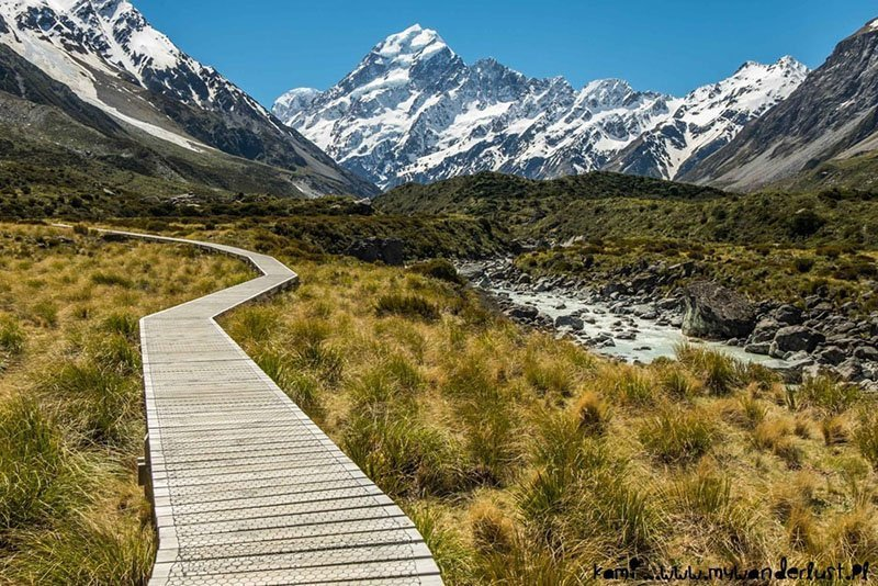 Hooker Track is one of the must hike trails in New Zealand. Find out why!