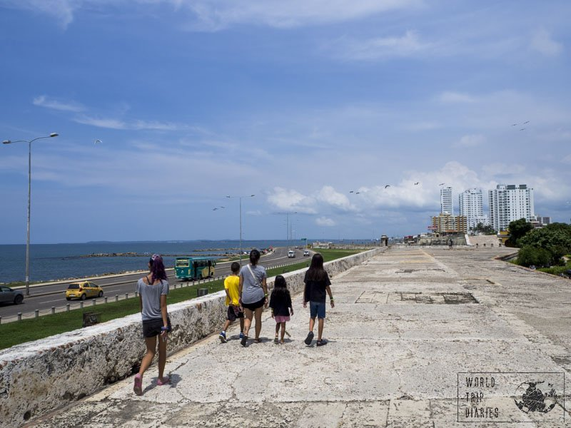 The contrast between the Walled City of Cartagena and the modern part of the same city, in Bocagrande (Colombia) was enormous. It was one great thing for the kids to see, and for us too.