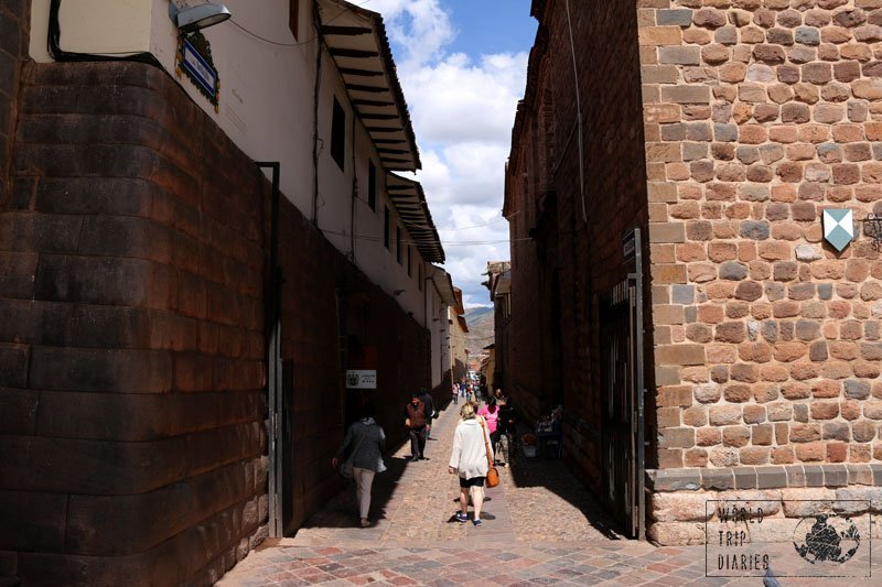 cusco peru walk