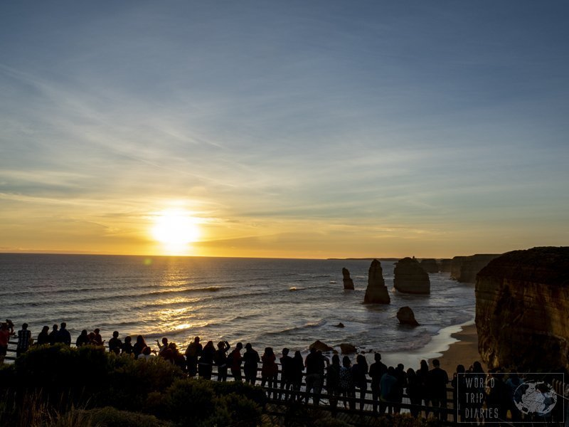 I don't think we can have an idea of the size of the 12 Apostles if you're not there. They're unbelievably tall. It's majestic!