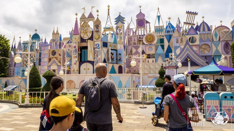 I think every Disney park has this ride. It's a Small World is not super fun but it's cute and it's a lovely rest under the air conditioning. One great ride for all.