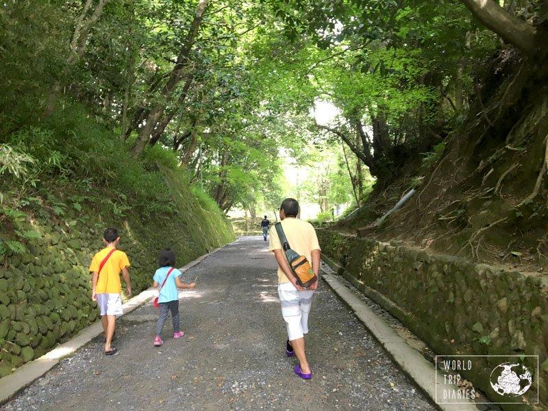 The beautiful surrounding of the Ninja Village, in Iga-Ueno, with #3 and #4 and grandpa walking.