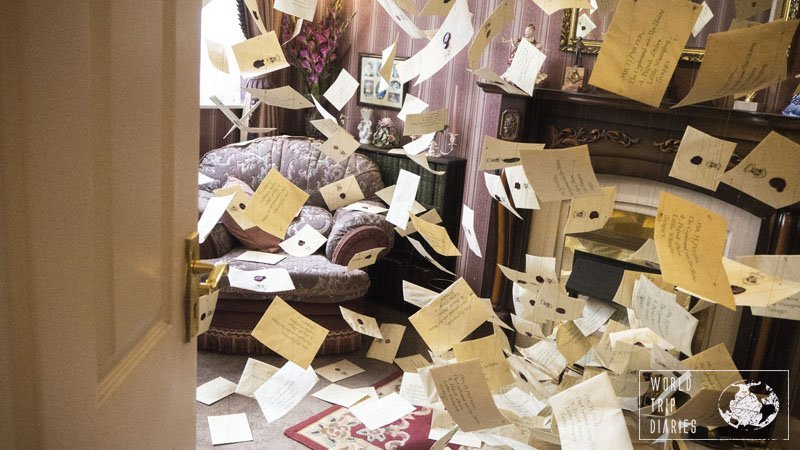 The living room of the Dursley's home full of the flying letters addressed to Harry Potter, flying all around. It was just perfect - maybe because it was what they used in the movies.