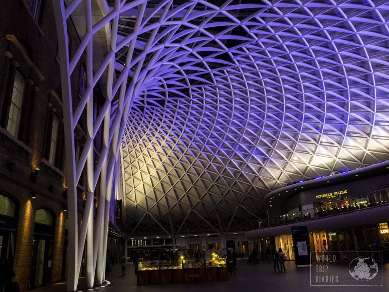 Kings Cross Station, in London, is also one of the awesome places to eat in the city. Click to know more!