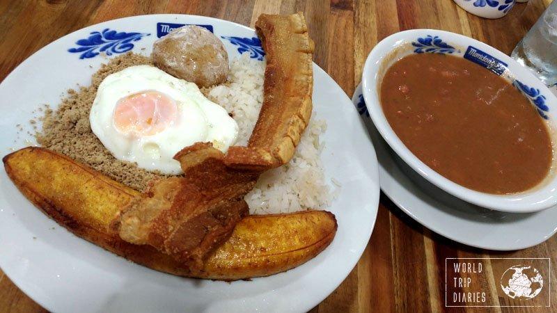 Bandeja Paisa, Food in Colombia, Mondongos, Medellín
