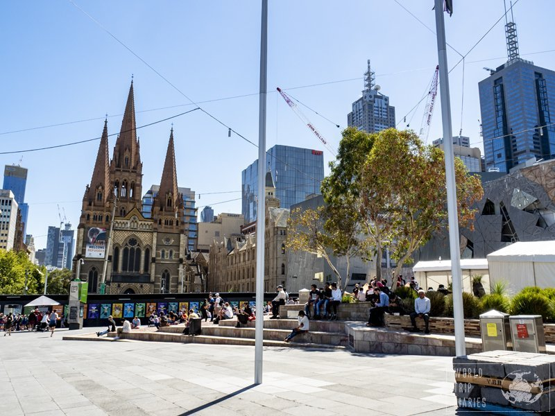 Federation Square, in Melbourne, is unique and one of the main touristic points in the city.
