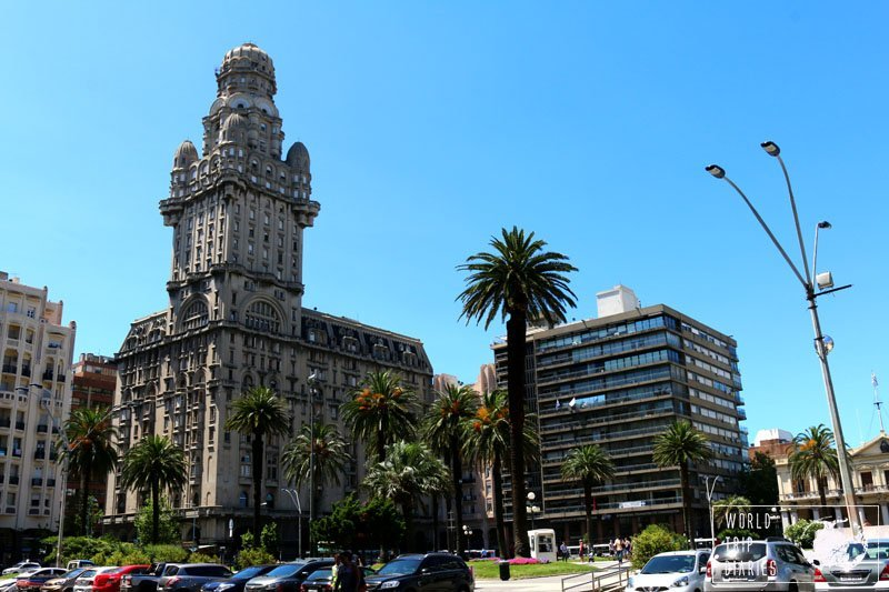 Plaza Independencia, Montevideo, Uruguay and its buildings.