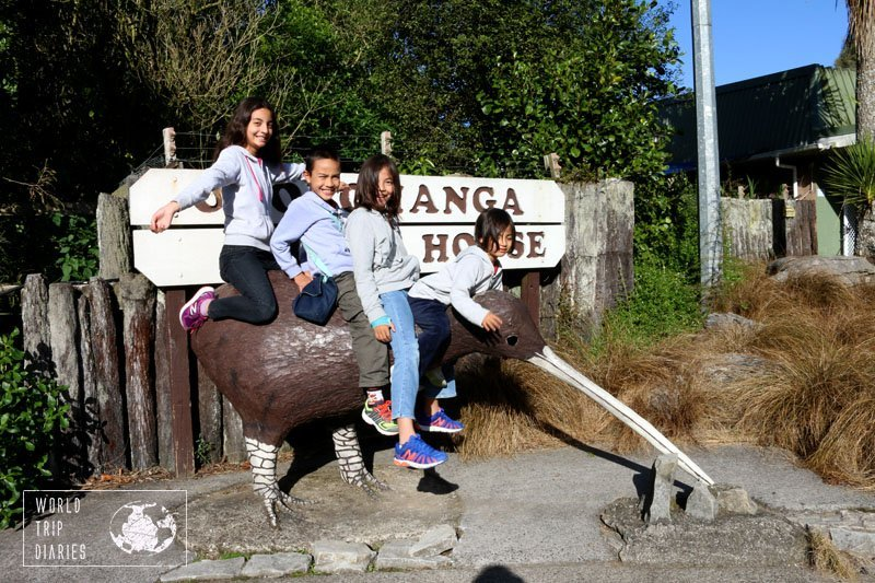 The kiwi is a flightless bird native of New Zealand. It's not as big as this statue, but it was fun, nonetheless, in Otorohanga Kiwi House, NZ, with kids