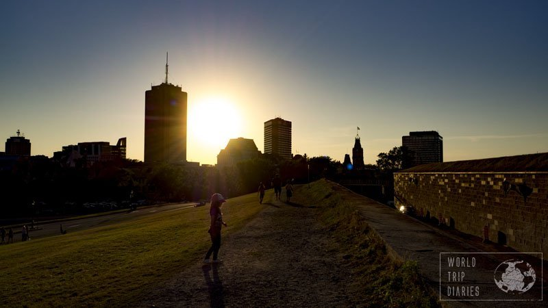 Part of the fortification walls of Quebec City became a nice park with this grass area, where people exercise, kids played, and I watched the sunset.