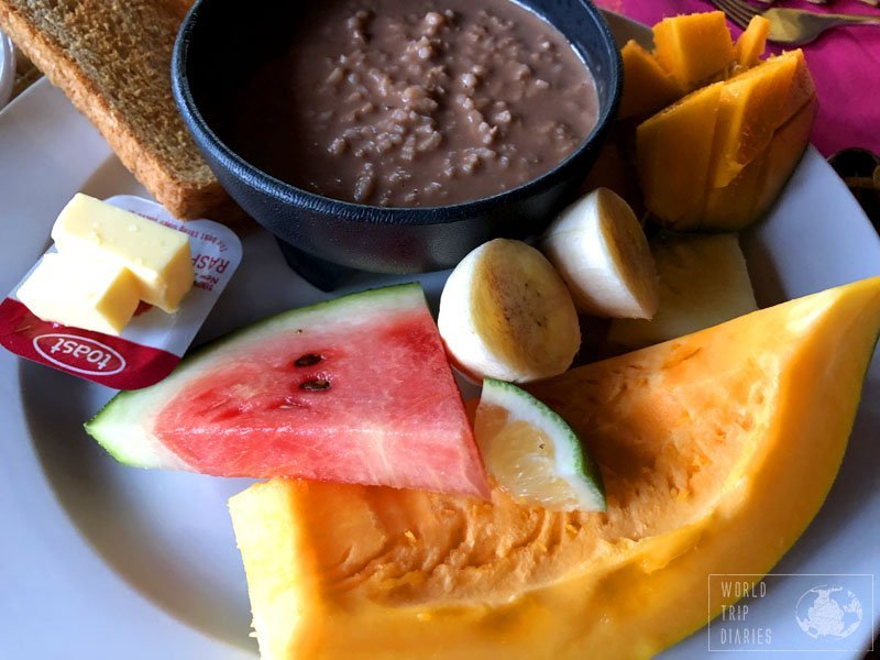 The breakfast included in many Samoan hotels: fruits, toast and porridge. It was filling and different.