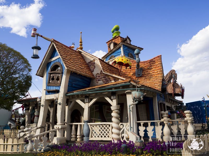 Would you live there? I would. That's Goofy's house, from Tokyo Disneyland. Click for more!