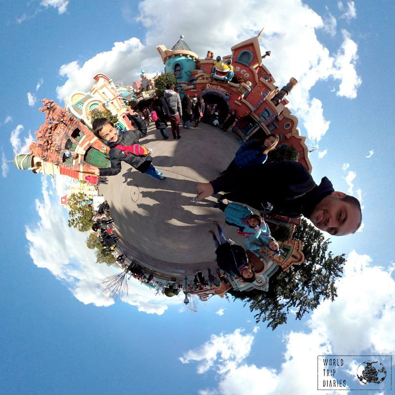 A selfie in Toontown, Disney Tokyo, with our Garmin Virb 360 - click to know more!