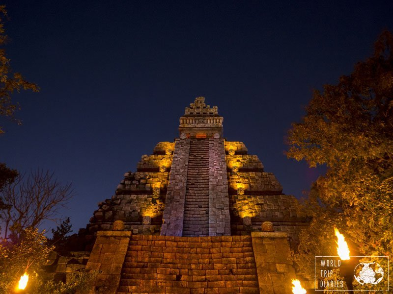 The Indiana Jones' ride is pretty cool and right next to Raging Spirits. One of the best parts of Disney Sea Japan for teenagers - not so cool for the little kids. Click for more!