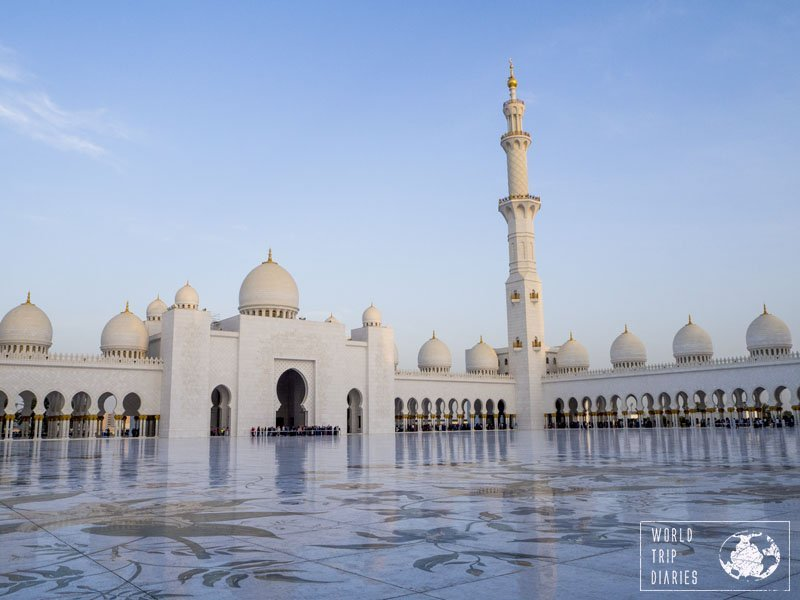We highly recommend a visit to the Grand Mosque Sheikh Zayed for every family. It's one of the most beautiful buildings we've had the chance to visit - and it's free!