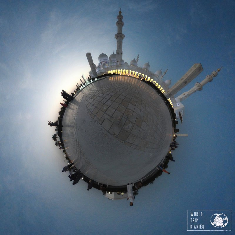 A 360 photo of the Grand Mosque Sheikh Zayed in Abu Dhabi because it was worth it!