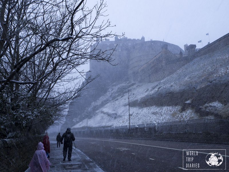 Edinburgh is a lovely place, and when it snows, it's even prettier. Find out the best in Edinburgh (Scotland) with kids by clicking here!