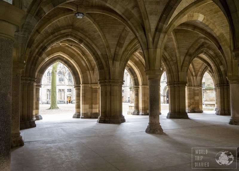 University of Glasgow, Scotland, and its stunning building. Even the kids loved visiting it. Click for more!