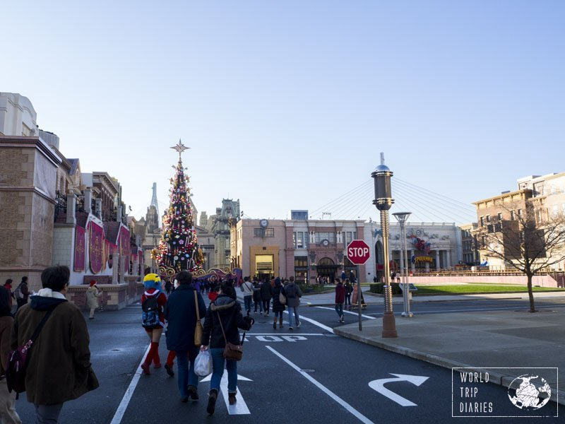 The Christmas Tree in USJ was all the winter decoration. A little bit sad but it is what it is.