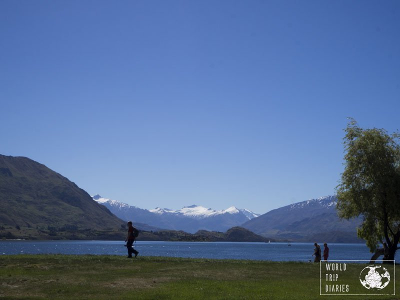 Lake Wanaka is one huge lake and can be seen from all over the town. Here is our guide to Wanaka, New Zealand, for families