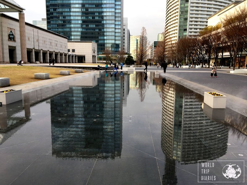 An artificial pond reflecting the 2 buildings on the back. Yokohama is highly Instagrammable!